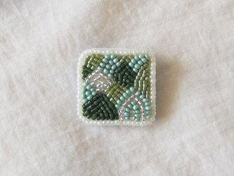 長野、連なる緑 ブローチの画像