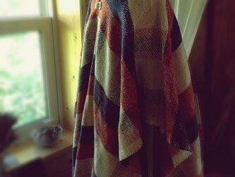 手織りツイードのポンチョの画像