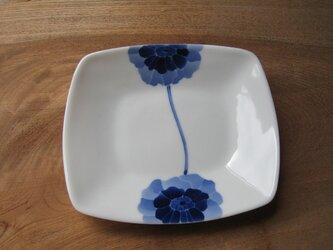 元気なアネモネ皿の画像