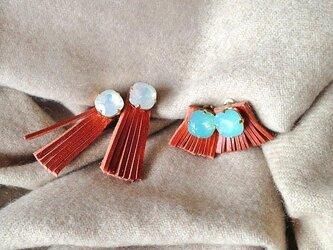 fringe earrings(白のみ)の画像