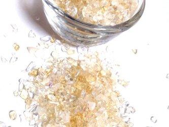 【金運の石】ブラジル産 シトリン&水晶 さざれ石 サラサラ小粒 30gの画像