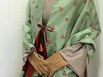 イタリア製タフタ刺繍生地*シルクストール*ケヤキ*の画像