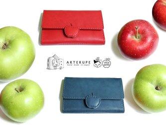 リンゴのロングウォレット・Apple Pip アップルピップ カーディナルレッドの画像