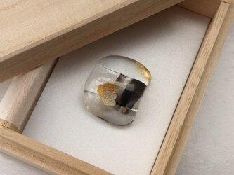黒×金 vol.3 ガラス帯留の画像