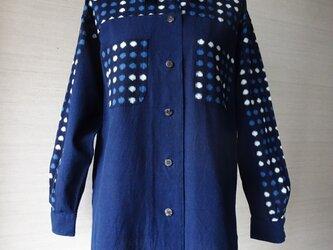 手織り久留米絣:白と青の水玉のシャツ(W-6)の画像