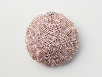 収納できるネットバッグ シルクレース糸ビーズ編み込み ペールピンクの画像