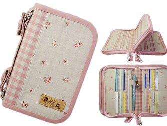 母子手帳ケース S Wファスナータイプ 小花柄 ピンク (A6サイズの母子手帳に対応) ☆4人分収納可能☆の画像