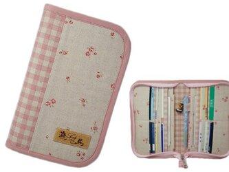 母子手帳ケース S ラウンドファスナータイプ 小花柄 ピンク (A6サイズの母子手帳に対応) ☆2人分収納可能☆の画像