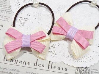★りぼん★ アイボリーとピンクのダブルリボンのヘアゴムの画像