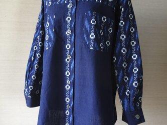 手織り久留米絣:流水と花つなぎのシャツ(W-11)の画像