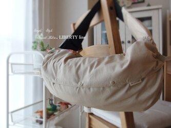 抱っこ紐収納カバー (リバティライン・ベージュ)の画像