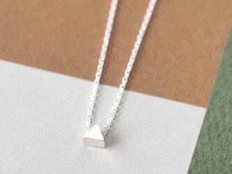 Micro tiny 三角 ネックレス シルバー925の画像