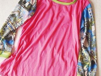 昭和の団地風柄 7部袖カットソー(ピンク)の画像