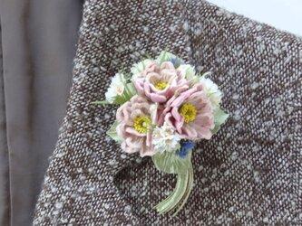 モフモフ ピンクのお花 アンティーク風花束 * モア製 * コサージュの画像