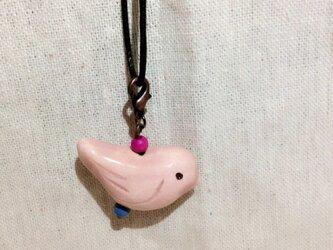 陶 小鳥 ペンダント (ピンク)の画像