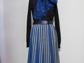 青ストライプのソフトプリーツスカートの画像