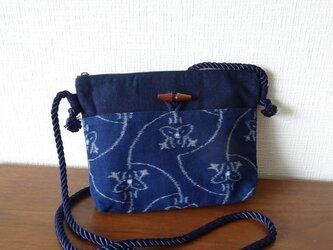 手織り久留米絣:銀杏葉と花のショルダーバッグ(B-62)の画像