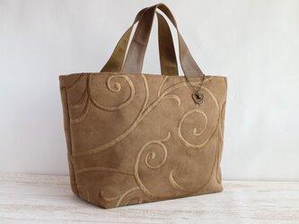 スウェード調 ぐるぐる刺繍のトートバッグの画像