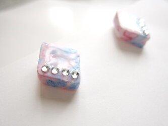 Pink×Blueマーブルピアス〈ラインデコ〉の画像