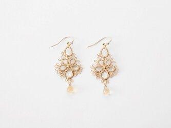 Lace pierced earring Flowerdrop goldの画像