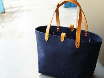 たっぷり容量6号帆布のトートバッグ~紺(倉敷帆布)~の画像