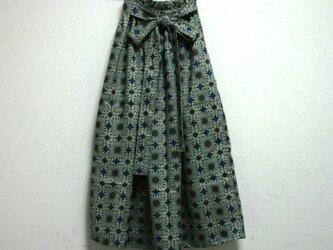 麻 青花模様 リボンベルトのゴムスカート Fサイズの画像
