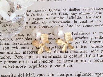 秋冬新作 flower&pearl  earring ノンホールピアス イヤリングの画像