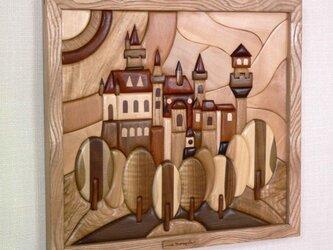 木の絵 古城の画像