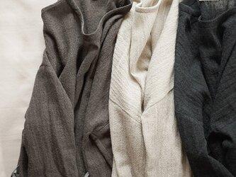 wool gauze onepiece <Light charcoal>の画像