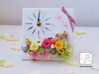 《ギフトに◎母の日・結婚祝い・誕生日》プリザーブドフラワーの時計スタンドohanadokei-miniの画像