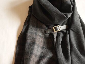 two cloth leathrbelt stole <16aw>の画像