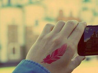 羽タトゥーシールの画像