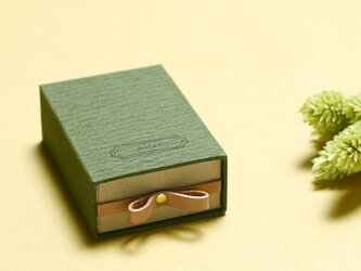 Relax モースグリーン ) 気持ちを伝える 本革付 小さな スライド ギフトボックスの画像