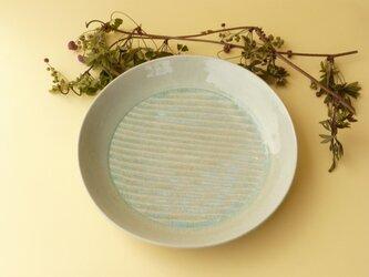 灰釉波紋の尺皿の画像