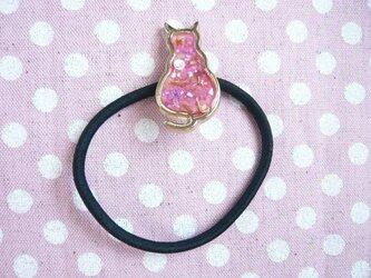 猫のヘアゴム(ピンク) レジンの画像
