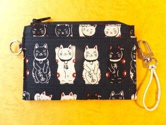 パス&スマートキーケース(招き猫)の画像