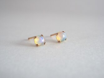 STONE Opal pierceの画像