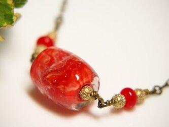 マーブル模様とんぼ玉のネックレスの画像