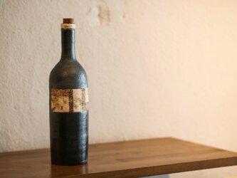 骨董市のワインボトル(ロング)の画像