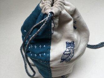 刺繍と刺し子の巾着バッグの画像