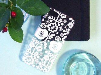 ソフトiPhonePlusケース【花もよう】の画像