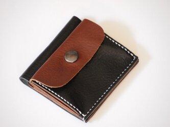 ふたつ折りのお財布[ブラック×チョコ]の画像