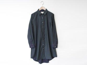 レーヨン混朱子織シャツワンピース -深緑- 8614-04006-48の画像