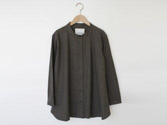 杢シャンブレー起毛Aラインシャツ カーキ 8614-01002-49の画像