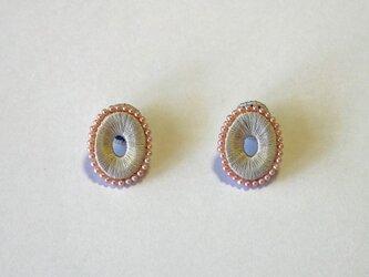 オーバルパールマグネットイヤリング-シルバーグレーの画像
