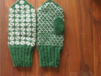 【受注制作】ラトビア伝統柄のミトン(グリーン)の画像
