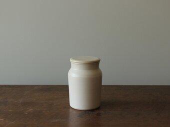 蓋付き瓶の画像