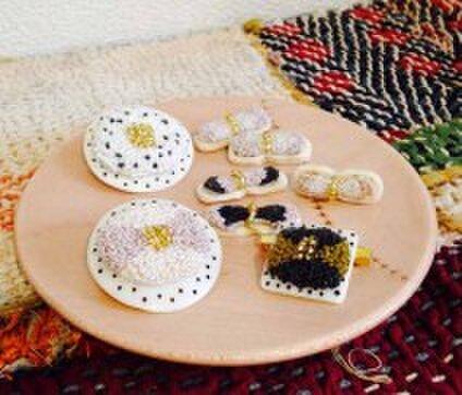 刺繍×ボタン tanon