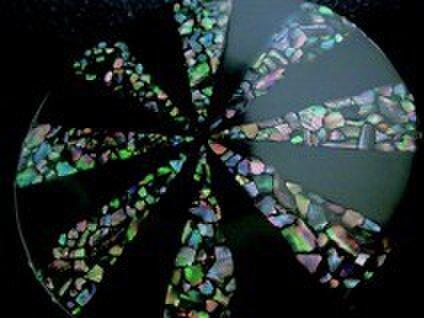 ドナクレドラク 貝と漆の小物たち