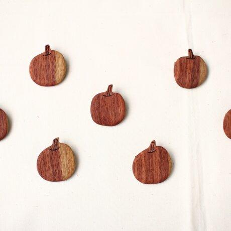 りんごブローチの画像